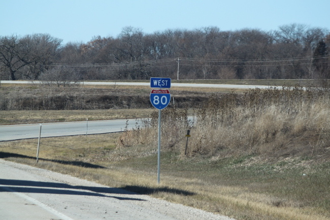 2013-12-13-illinois-i80sign
