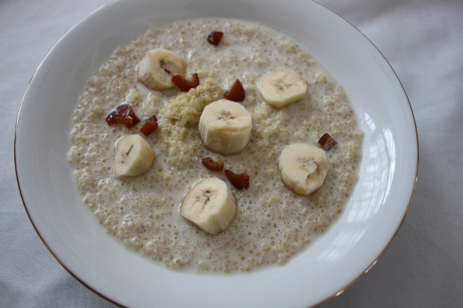 Quinoa with bananas and dates . . . also a good sugar rush of sorts.