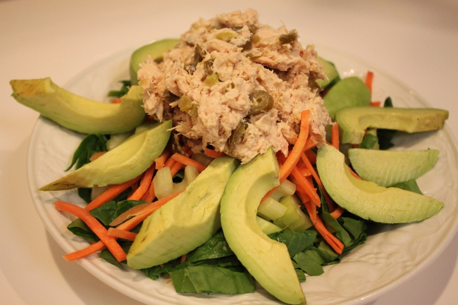 My husband's fasting day salad today: tuna jalapeno with avocado.  He agrees that the jalapenos give the tuna a nice kick.