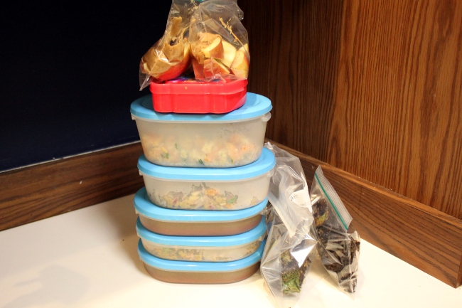 My Gwyneth-approved food all packed and ready to go.