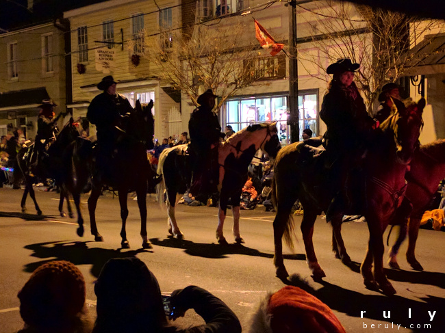 horses in a Christmas parade