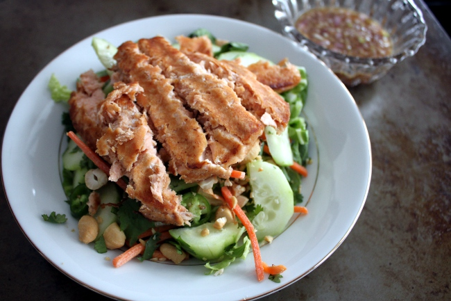 Lunch: Vietnamese-style salad with salmon.  I skipped the watercress, mint and basil as the store didn't have these.  I also forgot fish sauce for the dressing.  However, it was still a delicious salad even with all these ingredients missing.