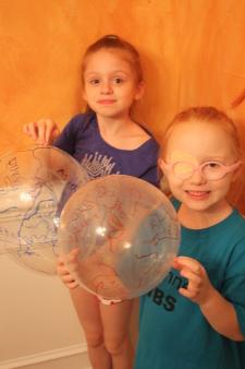 Balloon globes