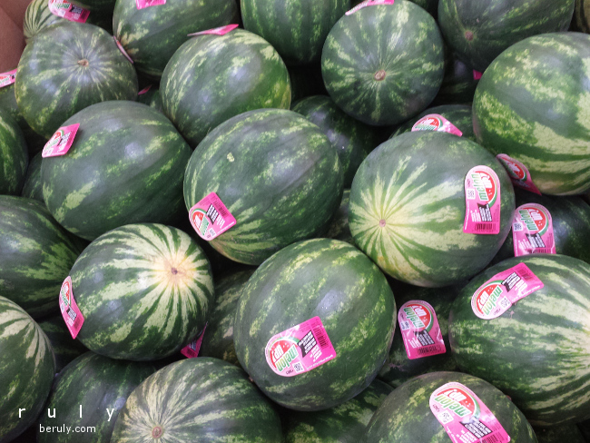 Summer Organizing Tip: Create a Watermelon Shelf