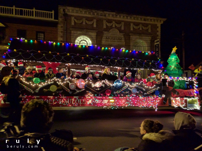float in a Christmas parade